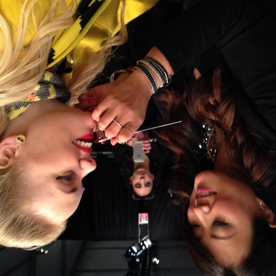 photo makeupartist-toronto-canada-fashionweek-maybelline-maybellinecanada.jpg