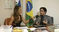 """Vídeo – Jean Wyllys critica pastor Silas Malafaia e sua posição contra a homossexualidade no Pânico na Band: """"Desonesto intelectualmente"""". Assista na íntegra"""
