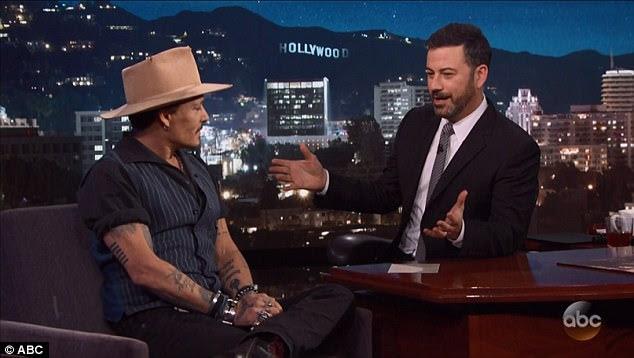 """Mesmo instintos: Johnny revelou que seu filho adolescente caiu """"em torno de cinco carros de golfe"""""""