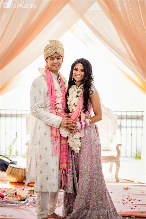 Gorgeous Peach & Pink Indian Wedding   ElegantWedding.ca
