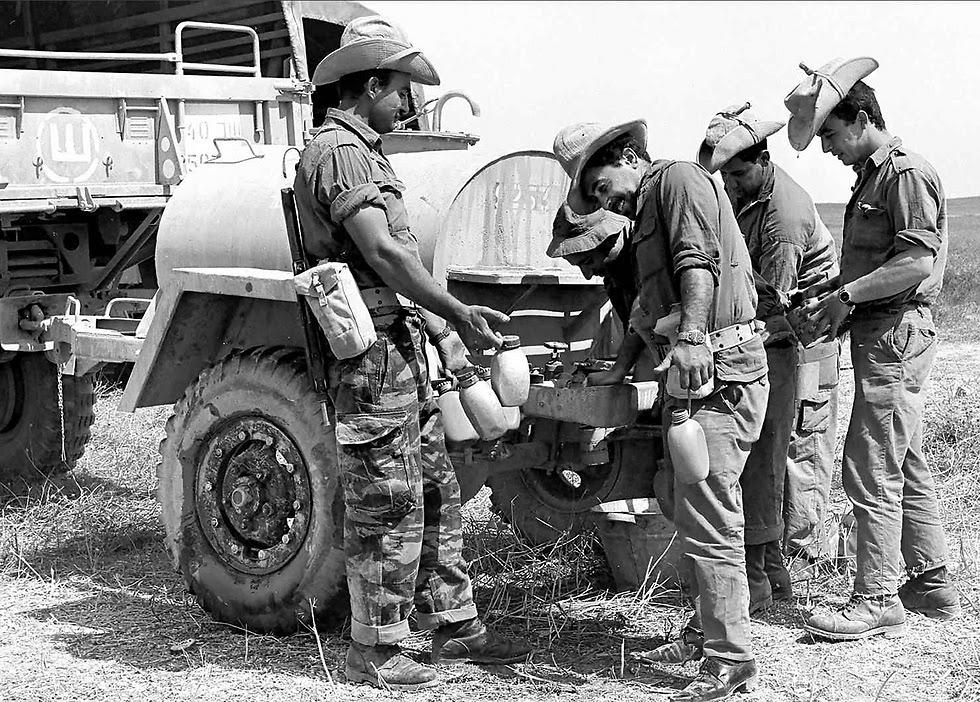 جنود اسرائيليون خلال حرب 67
