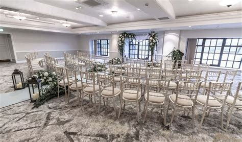 Forest of Arden Marriott Hotel & Country Club Wedding