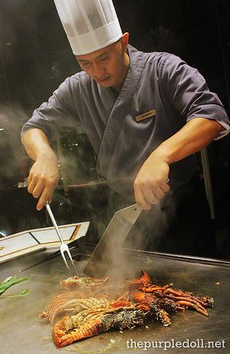 Chef Bibong Cooking Lobster