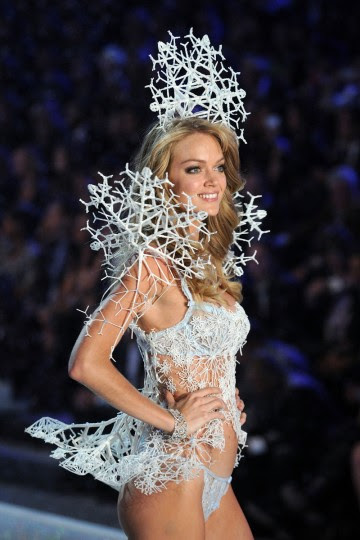 Model Lindsay Ellingson walks the runway wearing the 3-D corset, Bustle arm and headpeice made using Swarovski Crystals at the 2013 Victoria's Secret Fashion Show at Lexington Avenue Armory on November 13, 2013 in New York City. (Photo by Bryan Bedder/Getty Images for Swarovski)