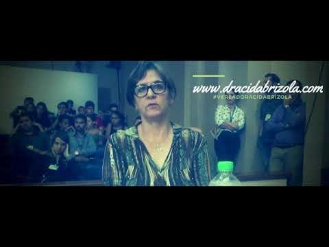 Vereadora Drª Cida Brizola conversa com o prefeito Jorge Pozzobom sobre o projeto Mãe Santa-Mariense