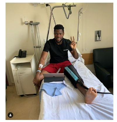 Super Eagles Goalkeeper Francis Uzoho Undergoes Successful Knee Operation (Photo)