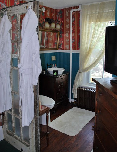 Bathroom Area of Princess Beatrice Room