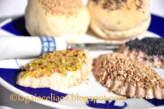 patè alla mortadella con panini mignon