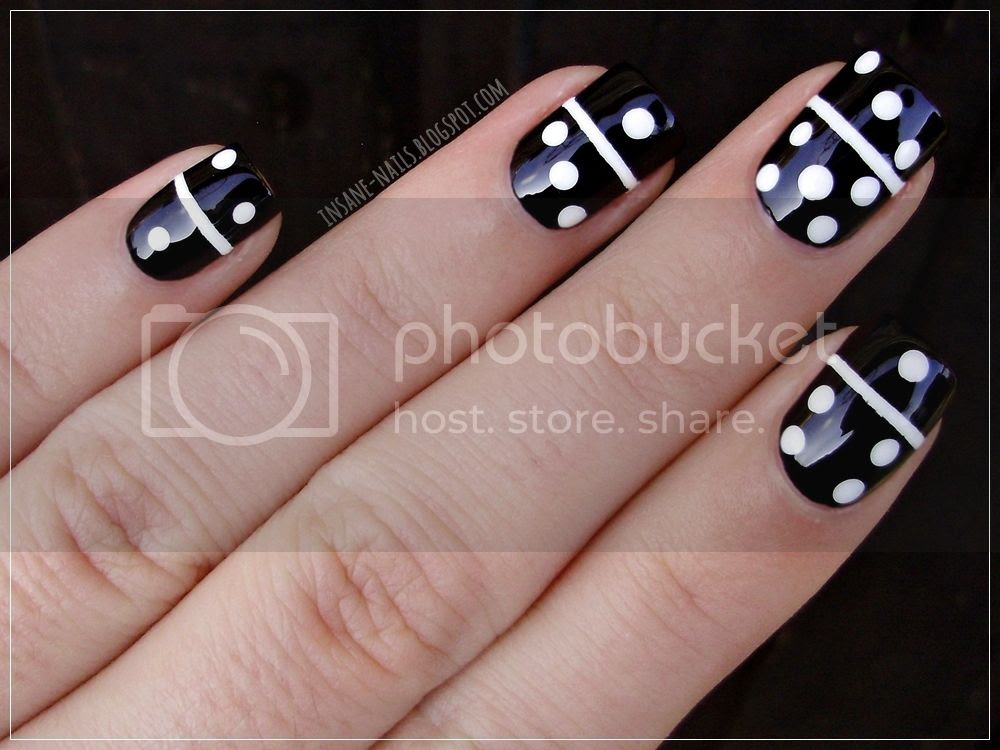 photo matching-manicures-black-and-white-3_zpsyogvk4sb.jpg