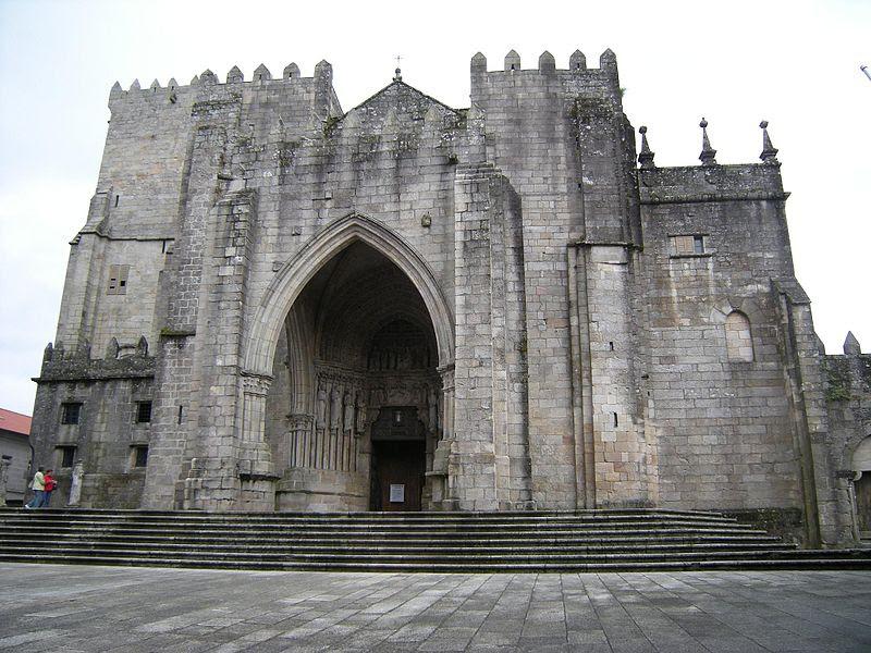 Catedral de Tuy.jpg