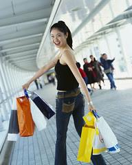 Mitos sobre as Mulheres - Elas vão compulsivamente às compras