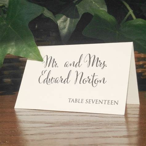 Best 25  Rustic place cards ideas on Pinterest   Wedding
