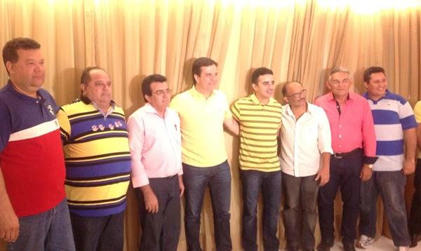 Prefeito de Mossoró desiste de José Dias e anuncia apoio a Galeno Torquato para deputado estadual