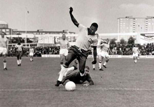 Após lidar com problemas de saúde, Pelé comemora 81 anos