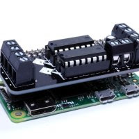The MotoZero makes your Raspberry Pi motorized
