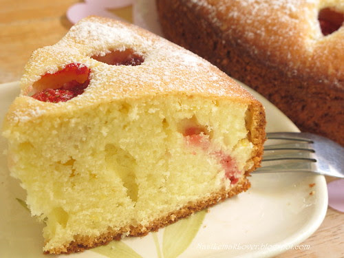Strawberry Pastry Cake