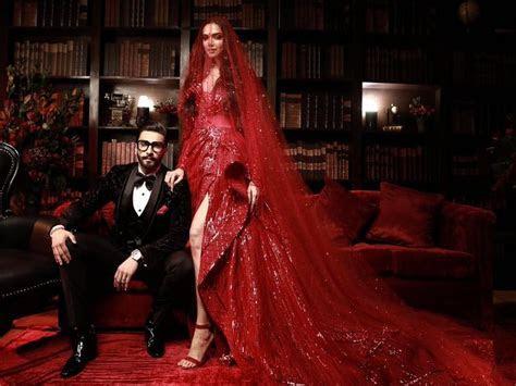 Ranveer and Deepika look ravishing at their wedding