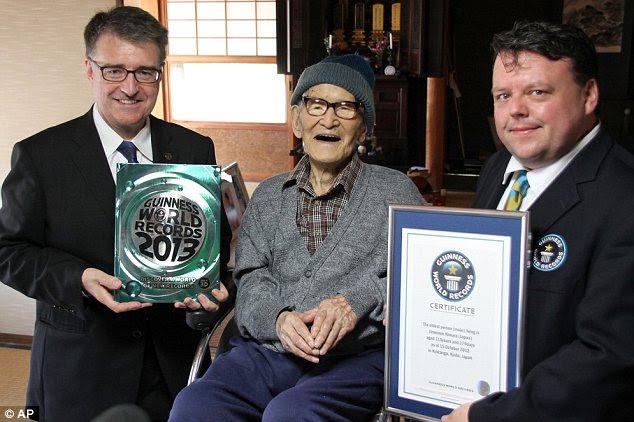 Jiroemon, Pria Tertua di Dunia ,115 Tahun !