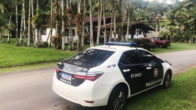 Polícia Civil prende ex-chefe do tráfico de drogas de Parada de Lucas em condomínio de luxo em Angra dos Reis