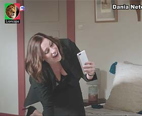 Dania Neto sensual em vários momentos