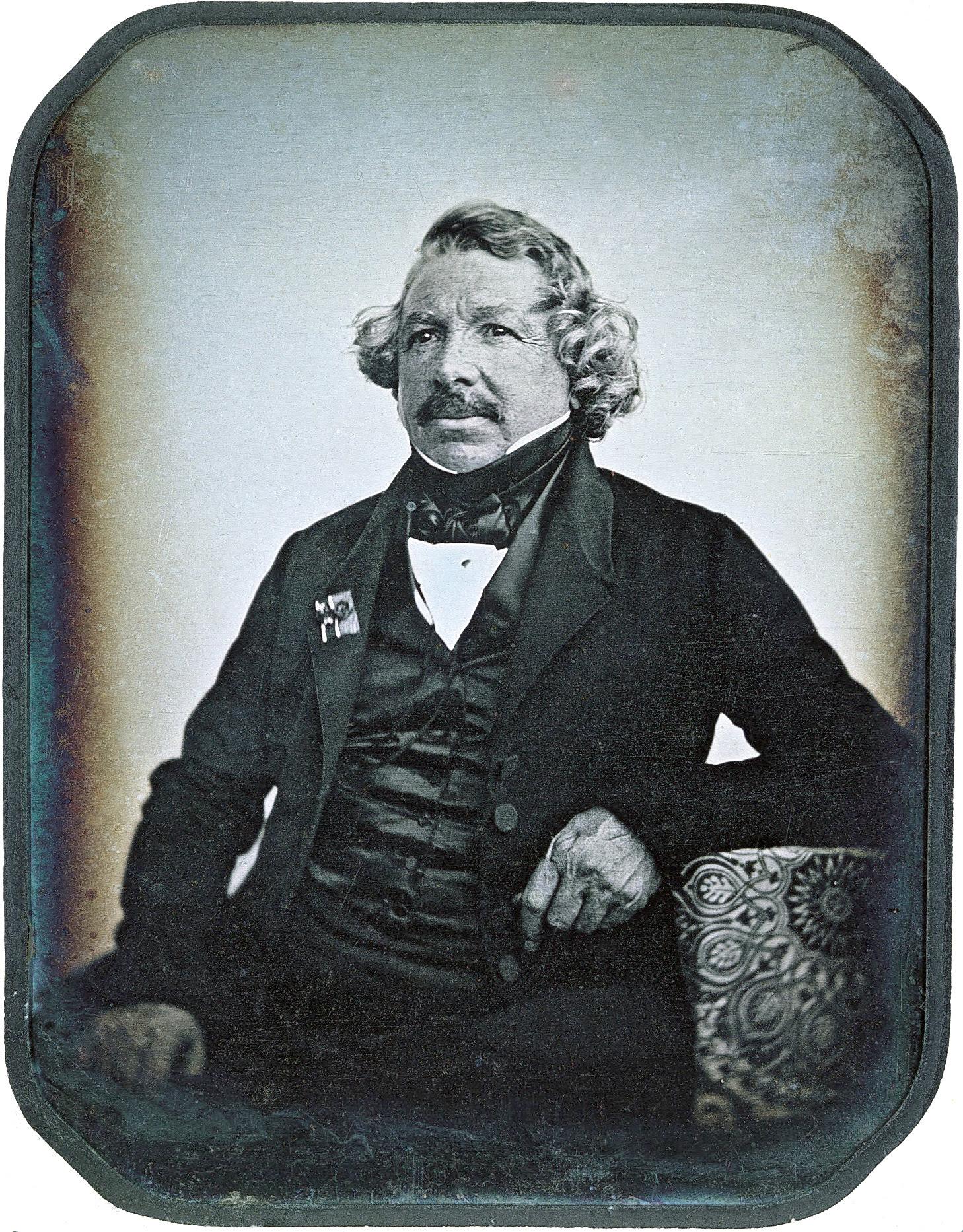 http://upload.wikimedia.org/wikipedia/commons/2/2e/Louis_Daguerre_2.jpg