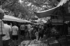 Salcedo Market - Crowd
