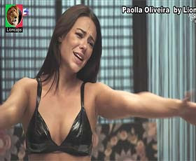Paolla Oliveira super sensual na novela A Dona do Pedaço