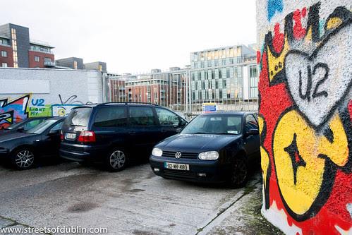 Street Art In Dublin Docklands (Ireland) by infomatique