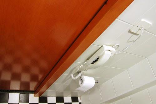 Hotel Cinema bathroom (3)