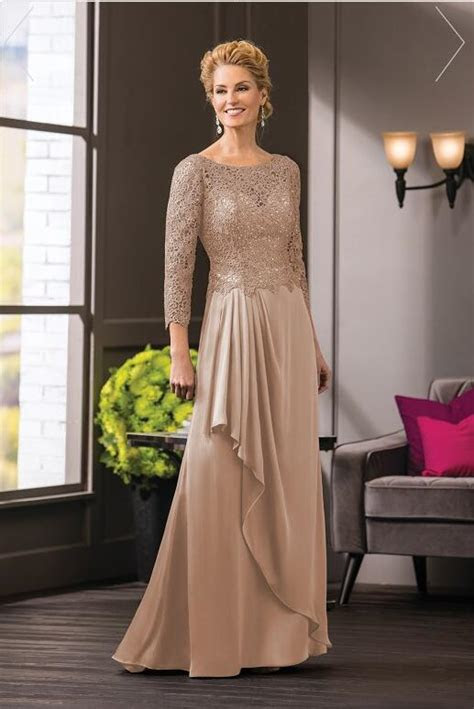 champagne lace  neck   mother   bride