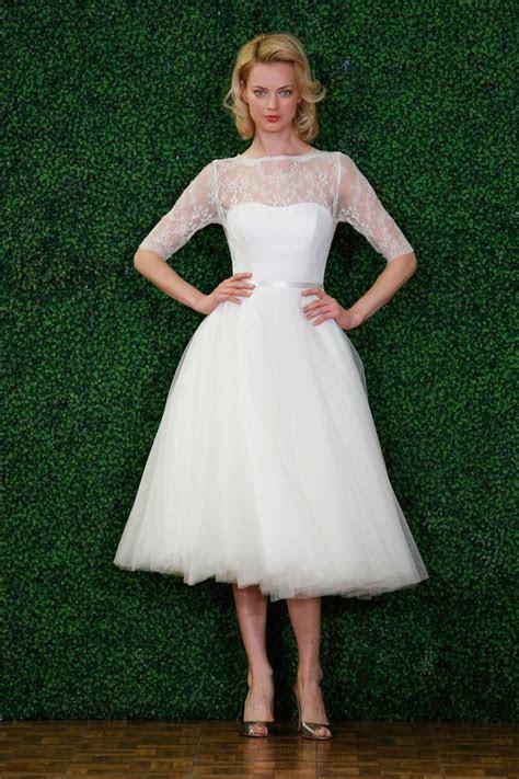 Best 25  Short wedding gowns ideas on Pinterest   Short