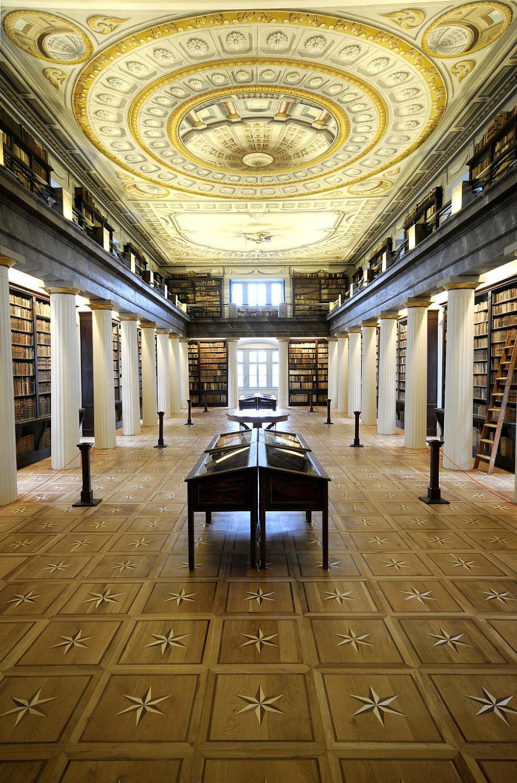 La Gran Biblioteca de Sarospatak, Sarospatak, Hungría