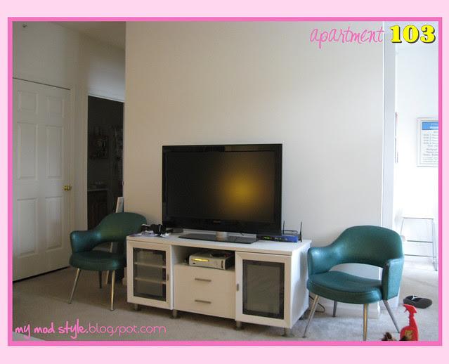 apartment103 livingroom8