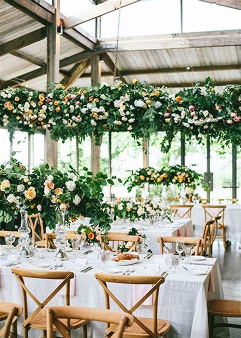 How to Save Money on Wedding Flowers   Wedding Budget Tips