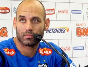 Bruno Rodrigo na entrevista do Santos (Foto: Lincoln Chaves / Globoesporte.com)