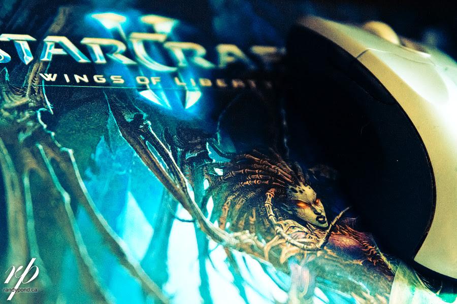~ 211/365  StarCraft MousePAD ~