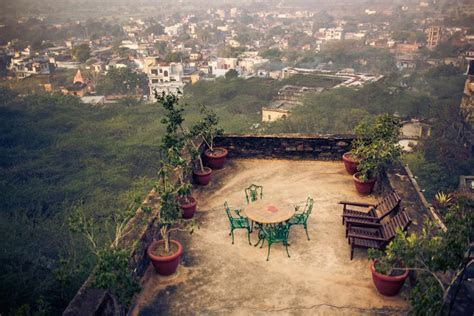 Neemrana Fort Wedding // India Destination Wedding   Erica