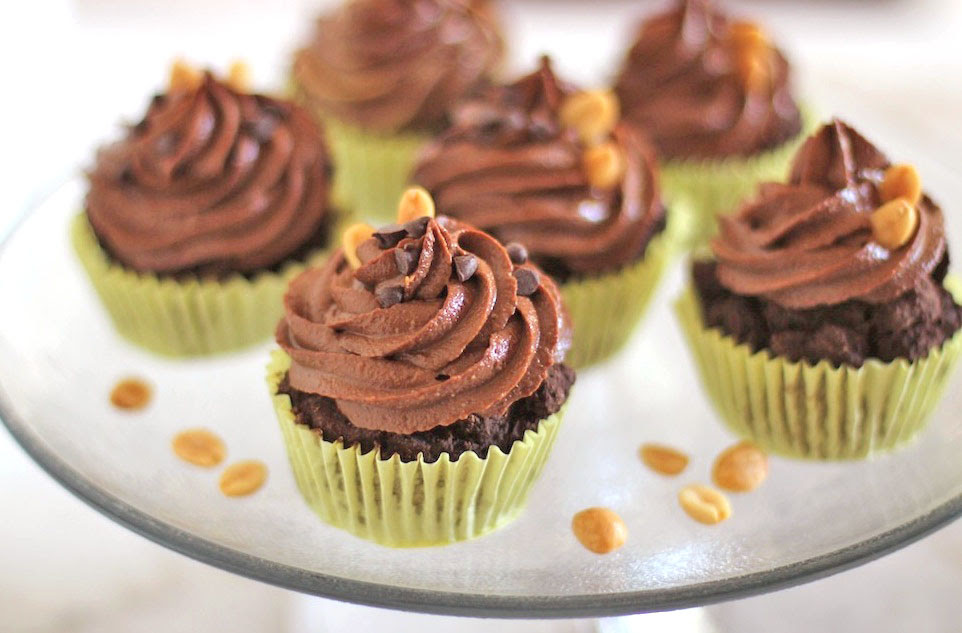 Healthy Chocolate Cupcakes with Peanut Butter Frosting
