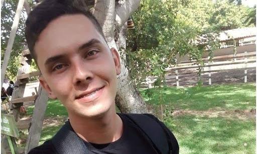Esperantina: jovem morre após colisão em barranco de piçarra.