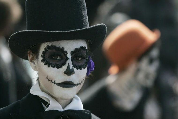 70 Pictures For The Day Of The Dead