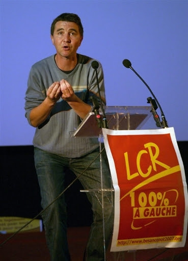 FRANCE-POLITICS-ELECTION-VOTE-BESANCENOT