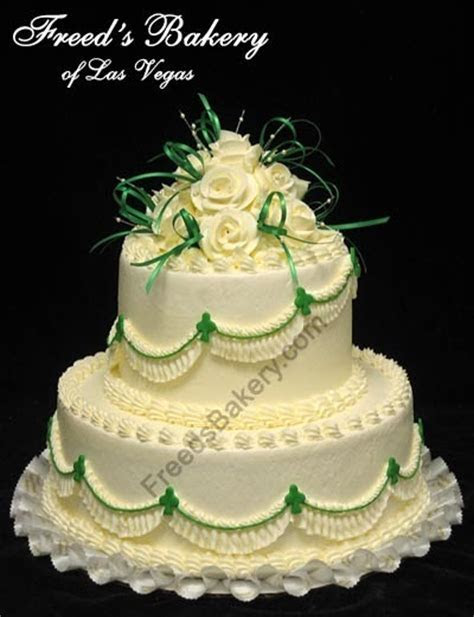 CakeChannel.com   World of Cakes: Two Tier Celtic Wedding Cake