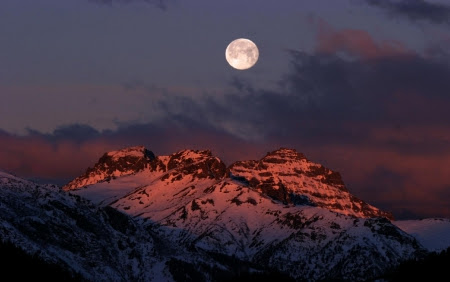 Sfondi desktop gratis montagna neve sfondi for Immagini invernali per sfondo desktop
