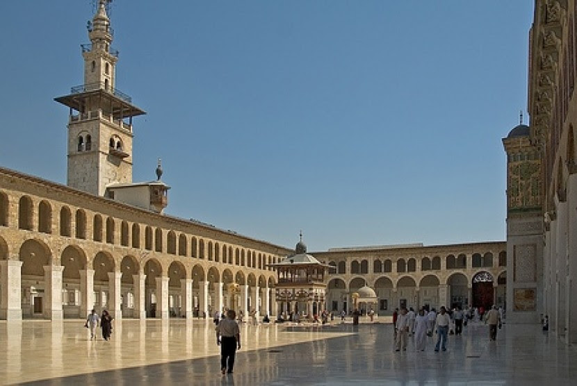 Masjid Agung Umayyah di Damaskus, Suriah, merupakan salah satu peninggalan Dinasti Umayyah terus bertahan hingga kini.