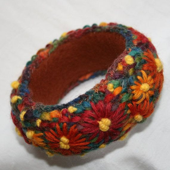 Embroidered Bangle  Orange Daisies by Lynwoodcrafts on Etsy, £18.00