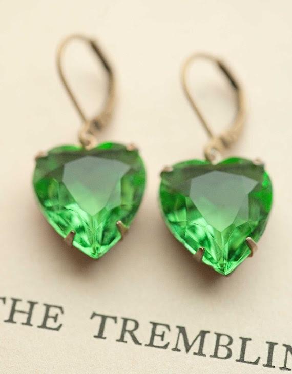 Estate Style Vintage Glass Emerald Green Heart Earrings