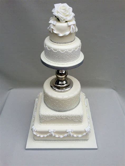 7 best Cake separator images on Pinterest   Petit fours