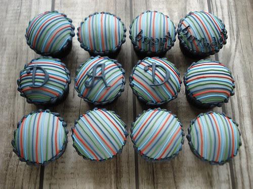 Stripe cupcakes