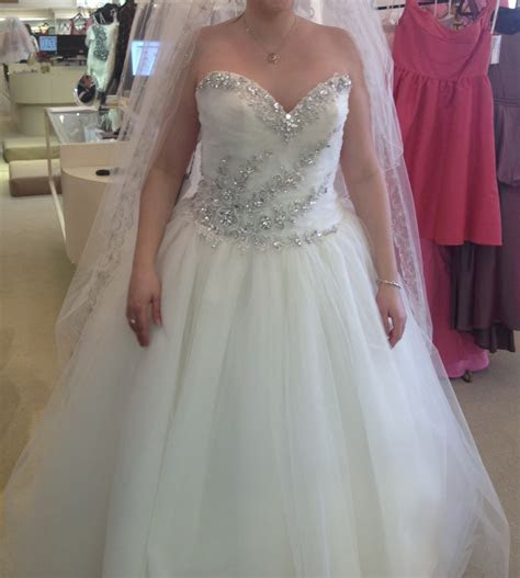 Stephen Yearick Never Worn New Wedding Dress on Sale 44%