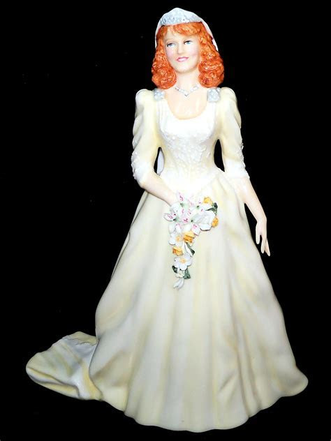 Duchess of York HN3086 Royal Doulton Heirloom Bridal